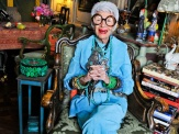 iris-apfel-bluegreen